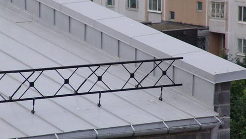 ограждение кровли плоской крыши